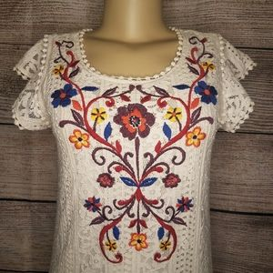 Eyeshadow Ivory Lace Lined Embroidered Tunic Dress